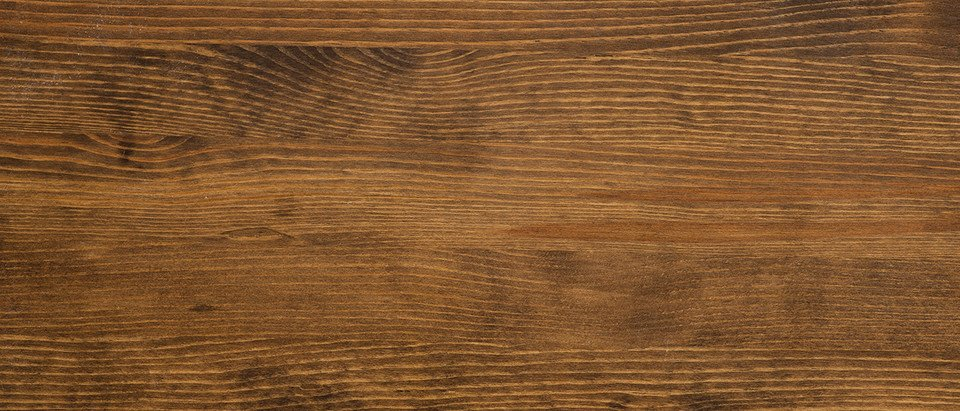 Brushed wooden workpiece surface | © iStock, Caleb Fleming